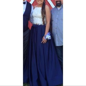 Worn once, size 3/4, two piece prom dress.